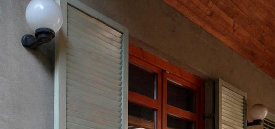 drvene-zaluzine-za-vrata-i-prozore