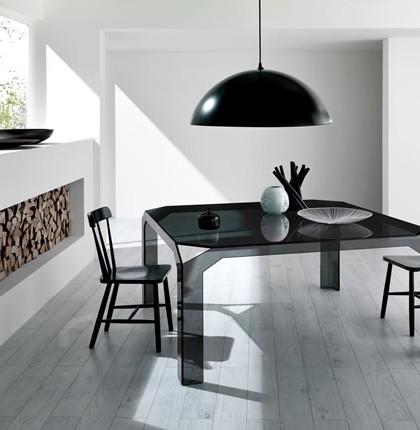 trpezarijski-stolovi-od-stakla-75